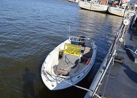 Karinės jūrų pajėgos vykdė gedimą patyrusios valties įgulos gelbėjimo operaciją