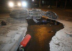 Panevėžyje girtas motociklininkas rėžėsi į automobilį