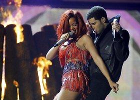 Rihanna ir Drake'as