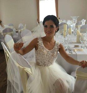 Irūna Puzaraitė-Čepononienė darkart pasipuošė nuotakos suknia