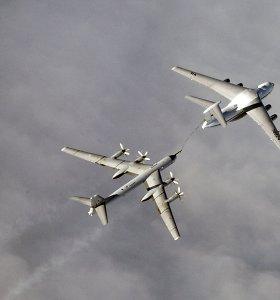 Rusijos bombonešių skrydžiai sutrikdė civilinės aviacijos reisus Airijos oro erdvėje