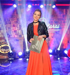"""Realybės šou """"2 Barai"""" finale Vaida Skaisgirė sužibėjo elegantiškai rokerišku įvaizdžiu"""