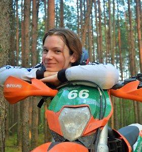Aldona Juozaitytė: Kraujo arba degalų ir oro mišiniai