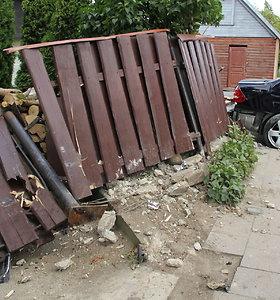 """""""Mercedes"""" ir """"Volvo"""" avarija Panevėžyje"""