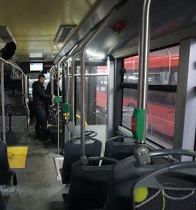 """Viešojo transporto vėdinimo sistemą sukritikavęs kaunietis: """"Kuo kvėpuoti autobuse?"""""""