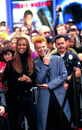 Davidas Bowie ir jo mylimosios – talentingoji Angie ir gražuolė Iman