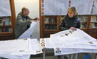 Pirmalaikiai parlamento rinkimai pagilins atskirtį tarp Ukrainos ir jos okupuotų rajonų