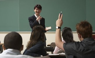 Mokinių džiaugsmui – klasikinių mokyklų greitai gali nebelikti