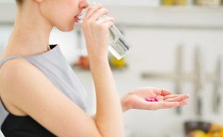 """Antibiotikai – gydo nuo """"visko""""?"""