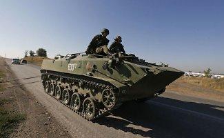 Rusijos armija įsiveržė į Ukrainą – Ukrainoje kariauja 15 tūkst. rusų karių