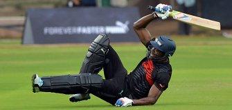Usainas Boltas išbandė jėgas kriketo varžybose