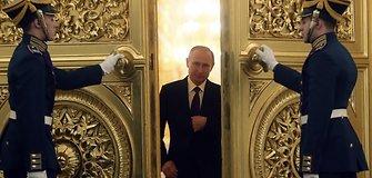 """Vladimiro Putino """"smegenų"""" mįslė: kas lemia jo sprendimus?"""