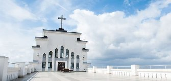 Kaunas<i> spaudos veidrodyje:</i> Prisikėlimo bažnyčiai Vatikane bus prašoma titulo