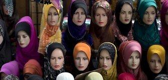 Drabužius musulmonėms kuriantiems dizaineriams žadamos aukso kasyklos