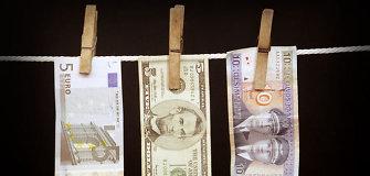 Krūvas litų, eurų, dolerių ir papuošalų namie laikęs domeikaviškis nebesuskaičiuoja nuostolių