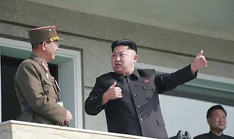Šiaurės Korėja grasina pulti Baltuosius rūmus