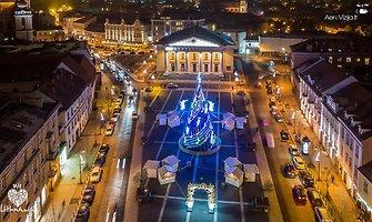 Lietuvos miestų Kalėdų eglės. Kuri jums gražiausia?