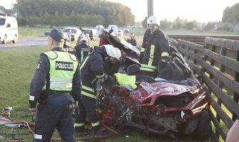 Per kraupią avariją Klaipėdos rajone – keturi sužeisti ir vienas žuvęs žmogus