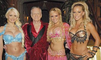 """Kendra Wilkinson išklojo tiesą apie intymius santykius su """"Playboy"""" įkūrėju Hugh Hefneriu"""