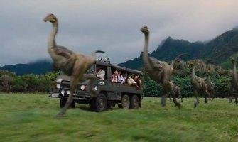 """Dinozaurai grįžta: pristatytas pirmasis Steveno Spielbergo filmo """"Juros pasaulis"""" anonsas"""