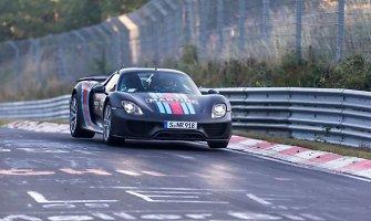 """Porsche"" pardavimai auga, ""918 Spyder"" modelis – išparduotas"