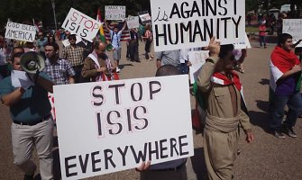 """Teroristų grupuotė """"Islamo valstybė"""" įkaitais paėmė dar keturis užsieniečius"""
