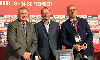 FIBA bombų ateityje sprogdinti nežada, bet vieną Europos čempionatą panaikins