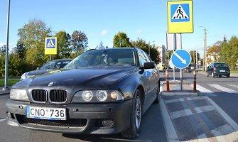 Panevėžyje BMW parbloškė per perėją ėjusią pėsčiąją