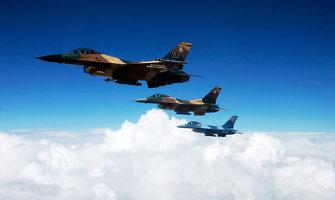 JAV karo lėktuvai skraidys iš bazės Irake
