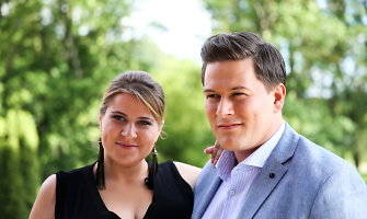 Merūnas ir Erika Vitulskiai tapo tėvais – porai gimė pirmoji atžala