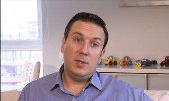 Buvęs Seimo narys Andrius Burba su ašaromis akyse prabilo apie skyrybas su žmona