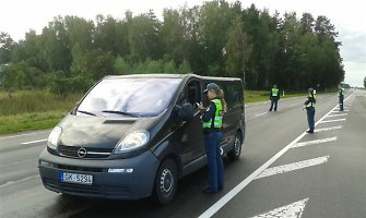 Paskutinę vasaros dieną Panevėžio policija patikrino 399 vairuotojus