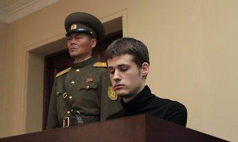 """""""Alisos stebuklų šalyje"""" gerbėjas amerikietis svajojo apie įkalinimą Šiaurės Korėjoje"""