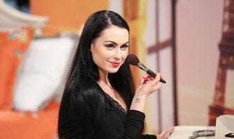 """Simona Nainė: """"Man """"Eurovizija"""" asocijuojasi su kokybe, profesionalumu, prestižu"""""""