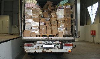 Kontrabandai dengti rusai naudojo prekių mišrainę: nuo raugintų agurkų iki tualetinio popieriaus