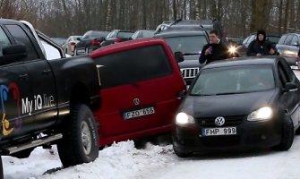 """""""Halls Winter Rally"""" avarijos neišvengė ir žiūrovai"""