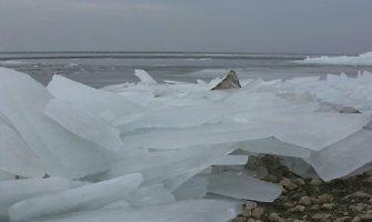 Ventės rage – didžiulės ledų sangrūdos
