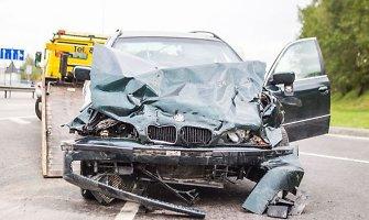 Vilniuje susidūrus BMW ir VW sužaloti 4 žmonės