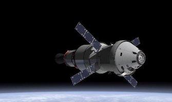 Į Marsą žmones gabensiantis erdvėlaivis kyla bandomajam skrydžiui