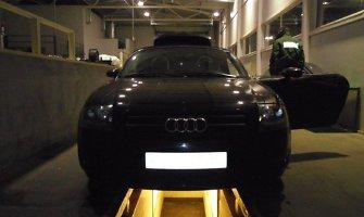 """Sportiniame kabriolete """"Audi TT"""" muitininkai aptiko kontrabandos slėptuvę"""