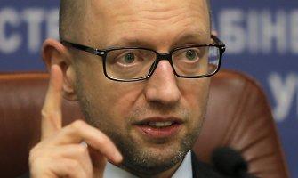 Arsenijus Jaceniukas: Vladimiras Putinas elgiasi lyg narkomanas