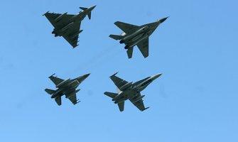 Šiauliuose Baltijos šalių oro erdvės apsaugą oficialiai perėmė Portugalijos ir Kanados kariai