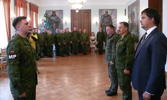 Į Afganistaną išlydėta dešimtoji Lietuvos specialiosios misijos apsaugos vadovo karių grupė