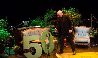 """Keistuolių teatre – Aido Giniočio 50-mečio šventė """"Baisiai didelis jubiliejus"""""""