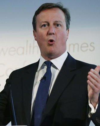 Davidas Cameronas pristatys siūlymus, kaip mažinti imigrantų skaičių