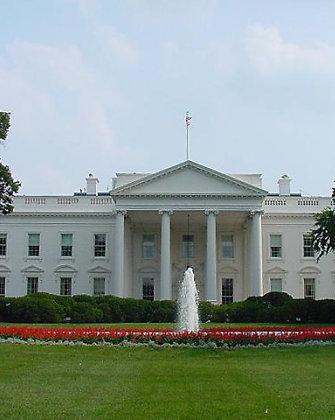 Baltieji rūmai Vašingtone apsupti: rastas įtartinas paketas