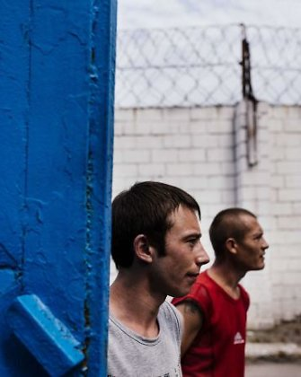 Teroristų ultimatumas kaliniams: mirtis arba tapimas smogikų sąjungininkais