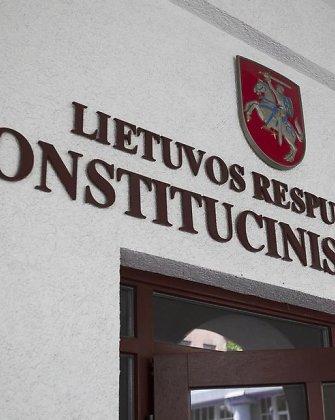 Konstitucinis Teismas nurodė išmokėti kompensacijas buvusiems aukštiems prokurorams