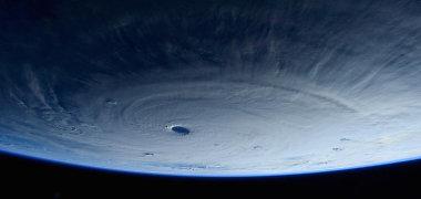 Astronautai iš kosmoso nufotografavo rekordinės galios taifūną