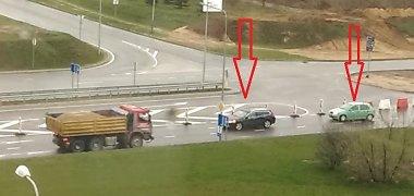 Uždaryta Vilniaus vakarinio aplinkkelio sankryža atėmė vairuotojams protą